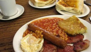 Men's Breakfast @ The Riverside Pub | Lechlade-on-Thames | England | United Kingdom
